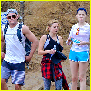 Anna Kendrick & Aubrey Plaza Went Hiking with Zac Efron in Hawaii!