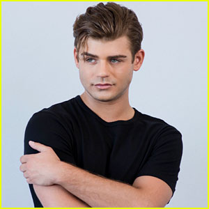 garrett clayton gay or notgarrett clayton twitter, garrett clayton zac efron, garrett clayton height and weight, garrett clayton king cobra kiss, garrett clayton movie, garrett clayton gay or not, garrett clayton википедия, garrett clayton instagram, garrett clayton биография, garrett clayton boyfriend, garrett clayton and ariana grande, garrett clayton claudia lee, garrett clayton biografia