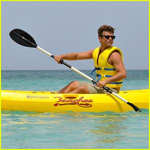 Garrett Clayton Goes Kayaking in Jamaica!