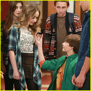 girl meets world maya and lucas kissing Tonight's girl meets world got to the heart of riley and in which riley finally ran out of things to talk about with maya besides her kiss with lucas.