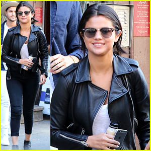 Selena Gomez Is All Smiles for Sunday Church!