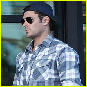 Zac Efron Shares a Pic From Final Day of 'Dirty Grandpa' Filming