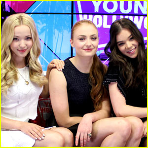 Hailee Steinfeld Plays 'Lose Da Lyrics' Guessing Game with Sophie Turner & Dove Cameron!