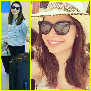 Miranda Cosgrove Takes a Vacation in Mexico!