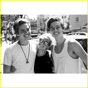 Ashley Tisdale Reunites with 'Suite Life' Co-stars Dylan & Cole Sprouse!