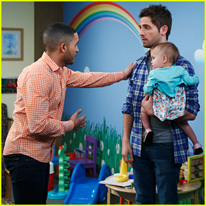 Riley & Danny Kiss on Tonight's 'Baby Daddy' Flash Forward Episode!