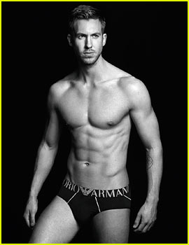 Taylor Swift's BF Looks SUPER Hot in New 'Emporio Armani' Ads!