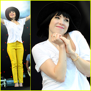 Carly Rae Jepsen Has A Party in Portsmouth