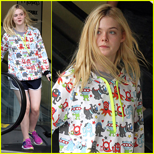 Elle Fanning Grabs Lunch At Joan's On Third With Mom Joy