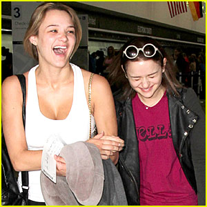 Joey King Dedicates #WCW to Her Friend Jaime King