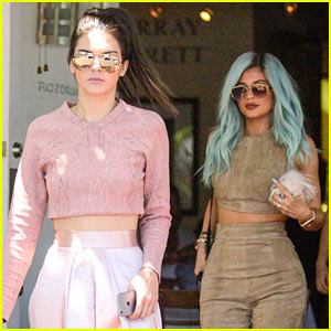 Kendall Jenner Grabs Lunch with Newly Blue-Haired Kylie Jenner