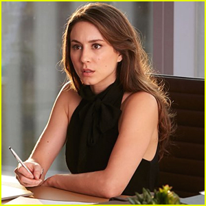 Troian Bellisario Returns To 'Suits' As Claire!