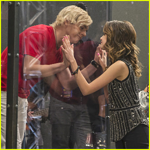 Austin Gets Stuck Inside A Box For His Comeback Concert on 'Austin & Ally' Tonight