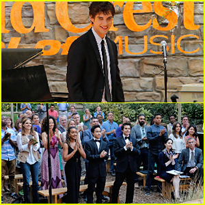 The Whole Family Supports Brandon At A Music Competition on 'The Fosters'