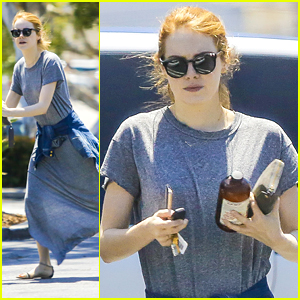 Emma Stone Picks Up Groceries As John Legend Circles Her Upcoming Film 'La La Land'