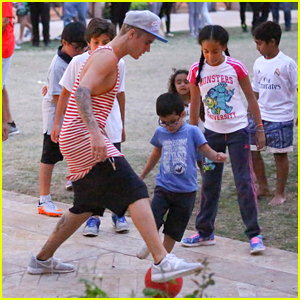 Justin Bieber Plays Soccer With Young Kids In Beverly Hills - See The Pics!