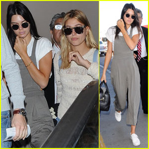 Kendall Jenner & Hailey Baldwin Pair Up for Flight to Mexico!
