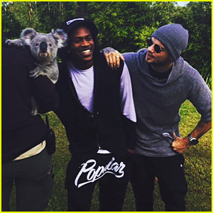 MKTO Hang With Kangaroos & Koalas At Symbio Zoo In Sydney