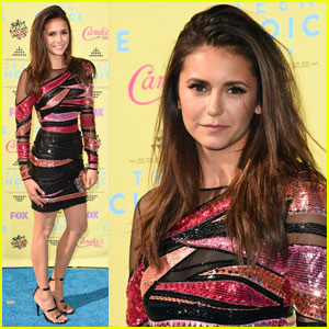 Nina Dobrev Sparkles in Stripes at Teen Choice Awards 2015