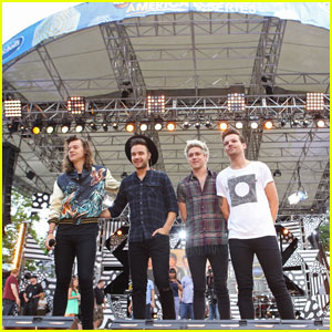 One Direction Performs New Single 'Drag Me Down' on 'Good Morning America' - Watch Now!