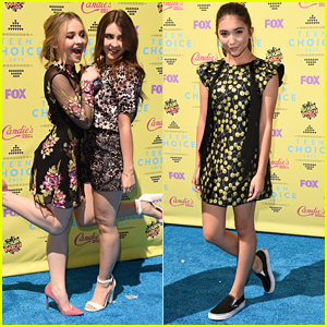 Sabrina Carpenter & Rowan Blanchard Meet Teen Choice Awards 2015!