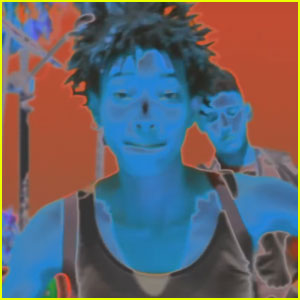 Willow Smith Drops Colorful 'Wit A Indigo' Music Video - Watch Now!