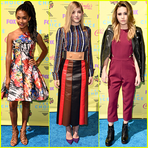 Yara Shahidi & Willow Shields Go Bright & Colorful For Teen Choice Awards 2015