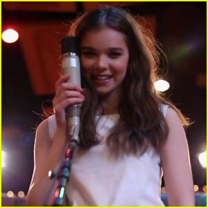 Hailee Steinfeld Drops Acoustic Version of Hit Single 'Love Myself' - Watch Now!