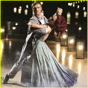 Nick Carter Totally Sweeped Sharna Burgess Off Her Feet On 'Dancing With The Stars' This Week