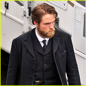 Robert Pattinson Has a Very Bushy Beard for 'Lost City of Z'