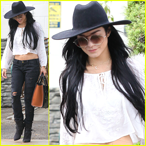 Vanessa Hudgens Picks Up Some Trees After Going To The Carnival With Austin Butler