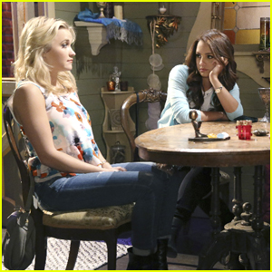 Gabi & Sofia Visit A Psychic On 'Young & Hungry' Tonight