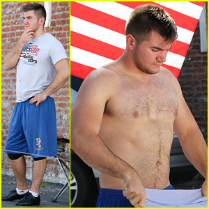 Alek Skarlatos Heads Home To Oregon After UCC Shooting - Read His Statement About The Shooting