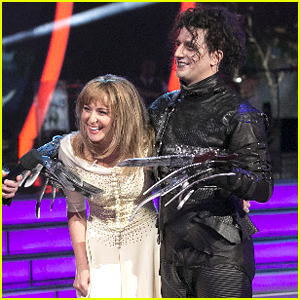 Alexa PenaVega & Mark Ballas Brings Edward Scissorhands To 'DWTS' For Halloween