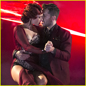 Andy Grammer Grabs Straight 9's With Sharna Burgess On DWTS