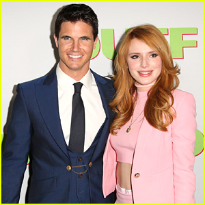 Bella Thorne To Reunite With Robbie Amell On 'The Babysitter'
