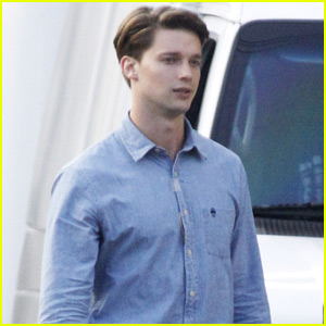 Patrick Schwarzenegger Lost 15 Pounds for 'Scream Queens' Role - First On-Set Photos!