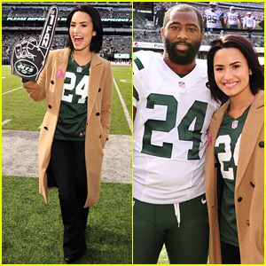 Demi Lovato Cheers on the New York Jets!