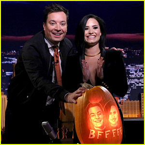 Demi Lovato Rings in Halloween Weekend on the 'Tonight Show'!