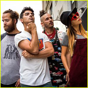 Joe Jonas & DNCE Debut 'Cake by The Ocean' Vid - Watch Here!