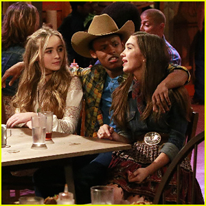 Maddie & Tae Guest Star On 'Girl Meets World' Tonight - See New Pics!