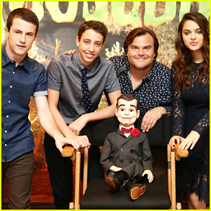 Goosebumps' Dylan Minnette & Odeya Rush Meet Slappy At Los Angeles Photo Call