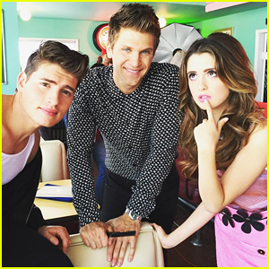 Gregg Sulkin Shoots Special Feature For Seventeen Mexico With Laura Marano