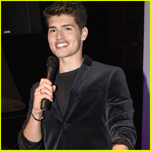 Gregg Sulkin Hosts World Smile Day Event With Smile Train