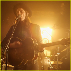 Watch James Bay's New 'If You Ever Want to Be in Love' Music Video!