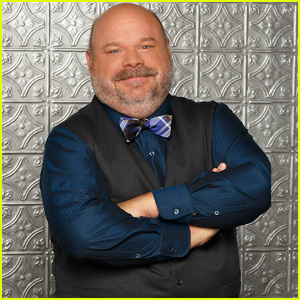 Jessie's Kevin Chamberlin Shares Sweet Letter & Song to Say Goodbye