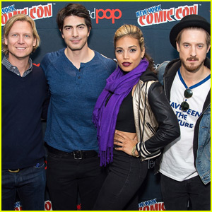 'DC's Legends of Tomorrow' Takes NYCC 2015 By Storm!