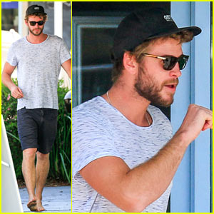 Liam Hemsworth Looks Amazing After Surfing