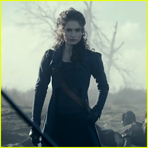 Lily James Won't Give Up Her Sword For A Ring In New 'Pride and Prejudice and Zombies' US Trailer
