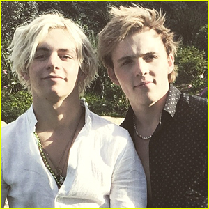 Ryland Lynch Pokes Fun At Ross Over Motorcycle & Pilot's Licenses on Twitter